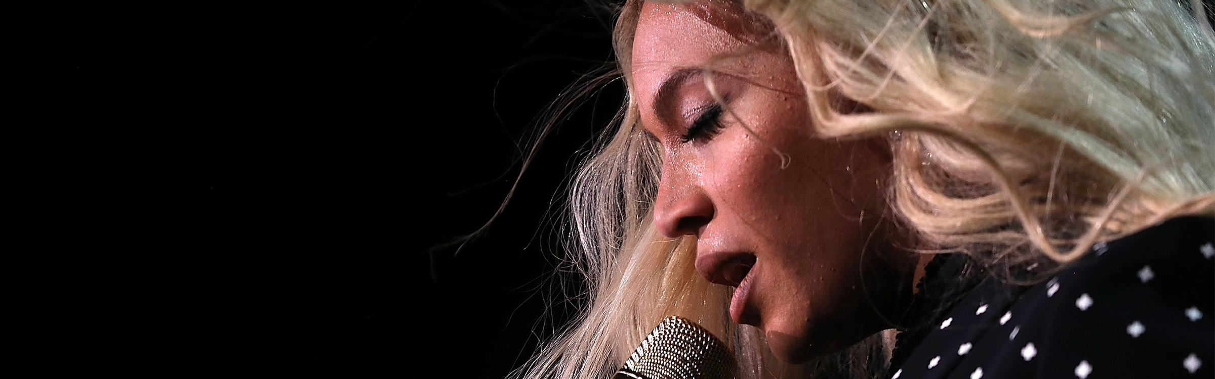 Beyonce grammy header