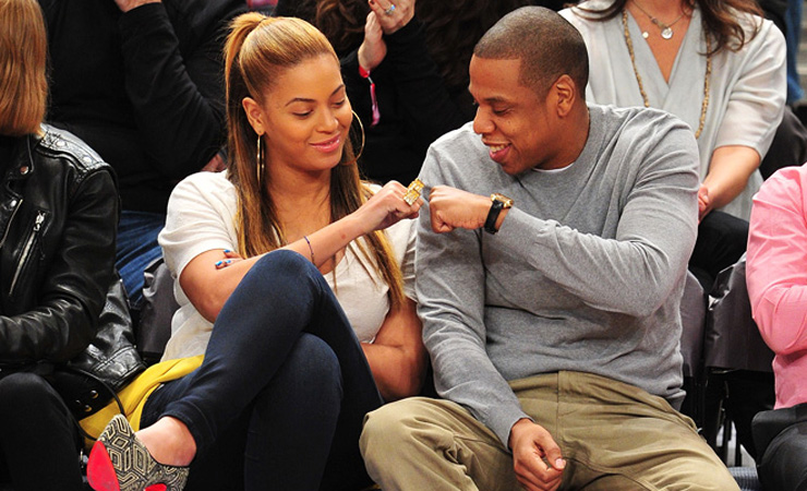 Jay z and beyonce fist bump