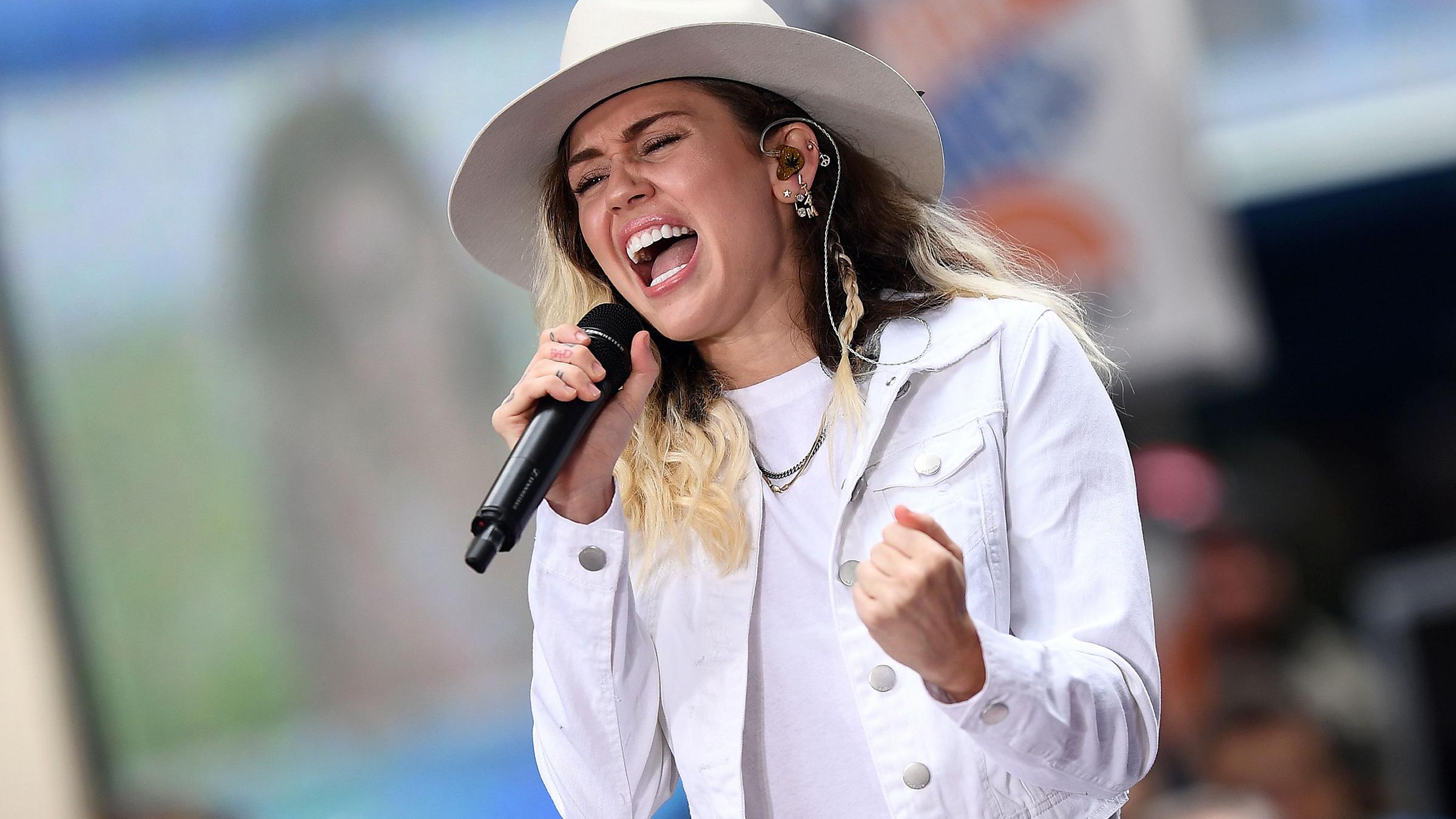 Miley teaserad