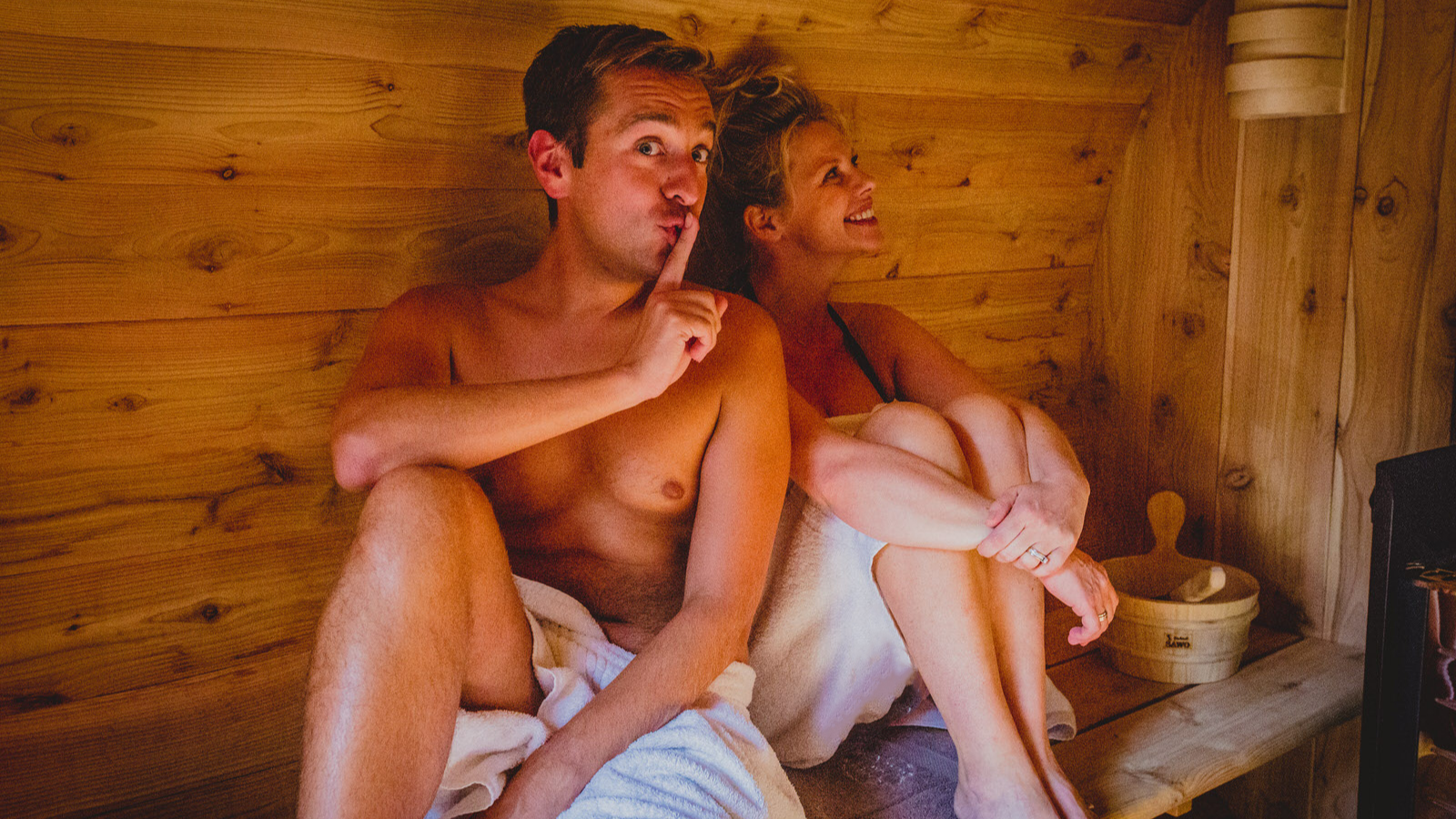 180828 show sauna 23