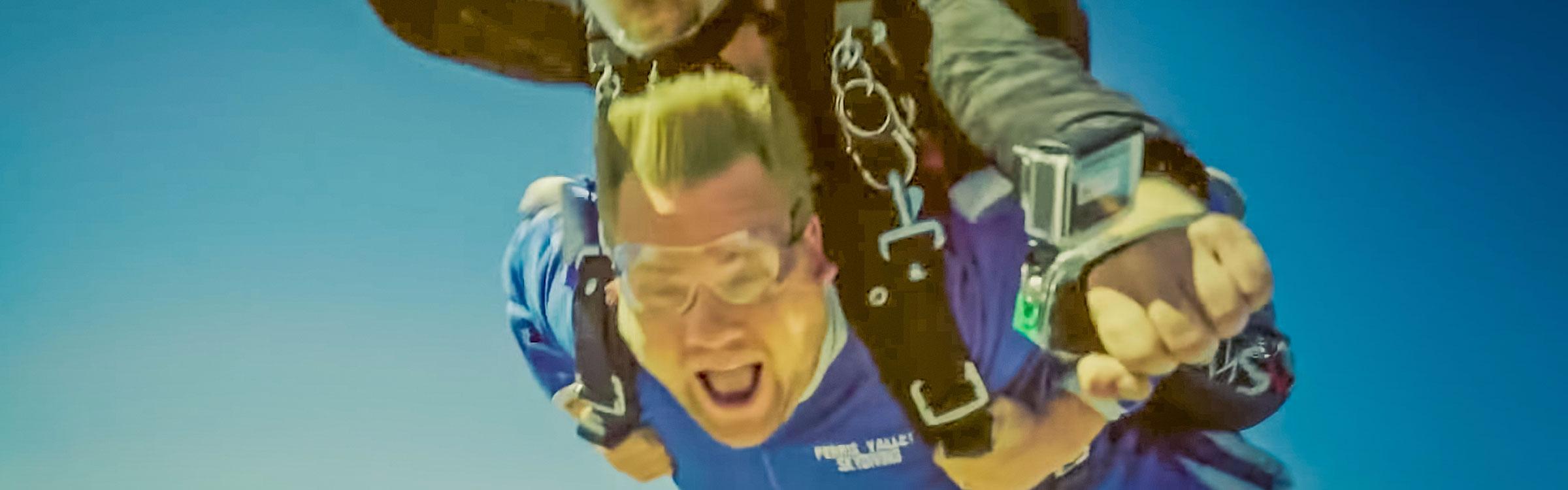 Skydiveheader