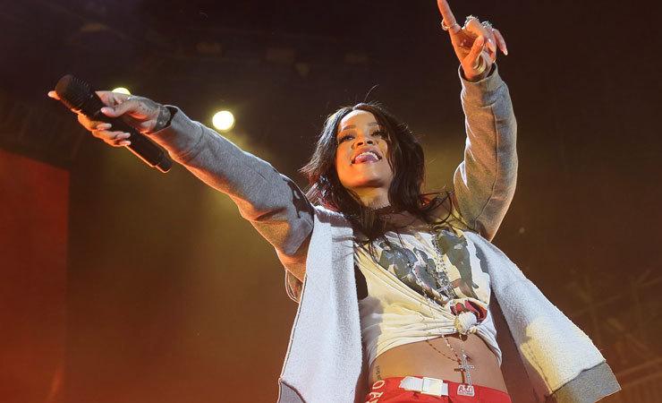 Rihanna 01 7