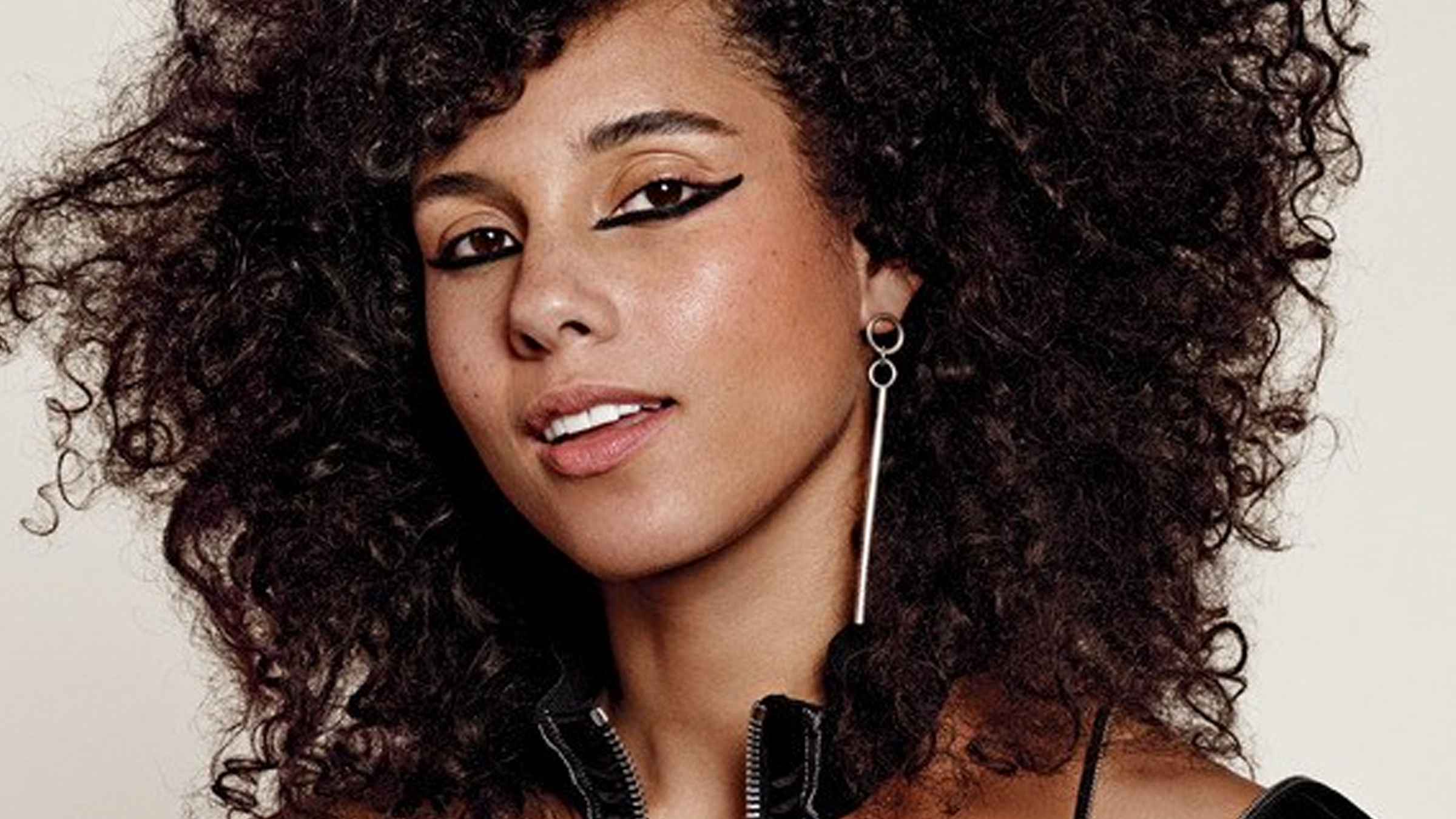 Teaser alicia keys makeup