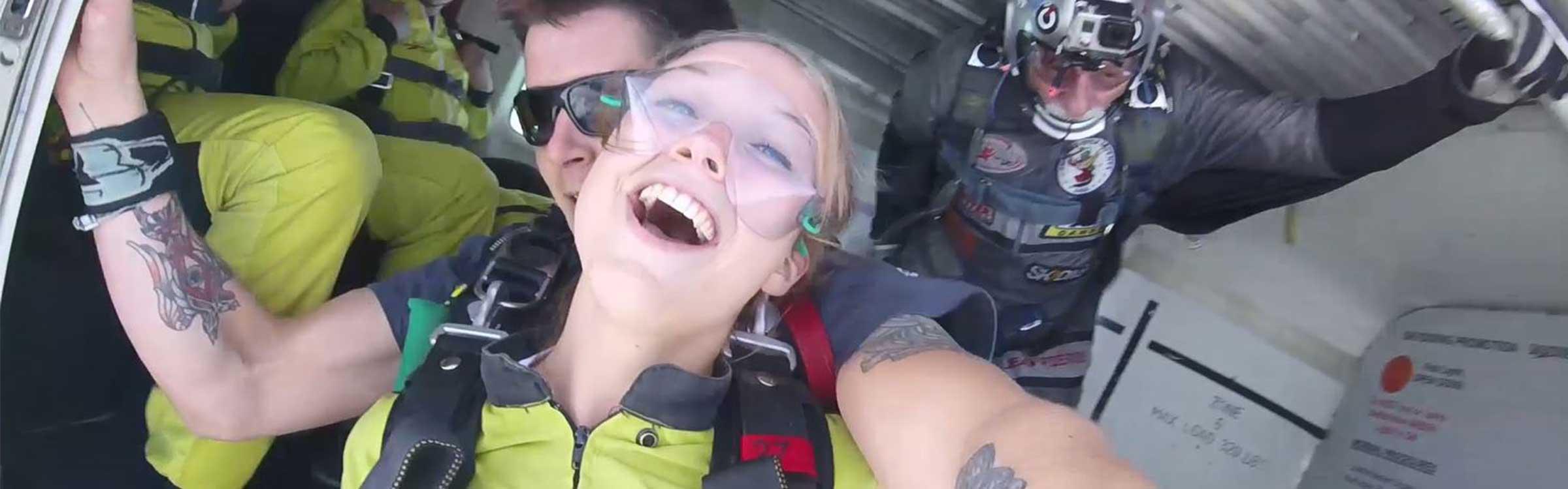 Skydiveheaderdef
