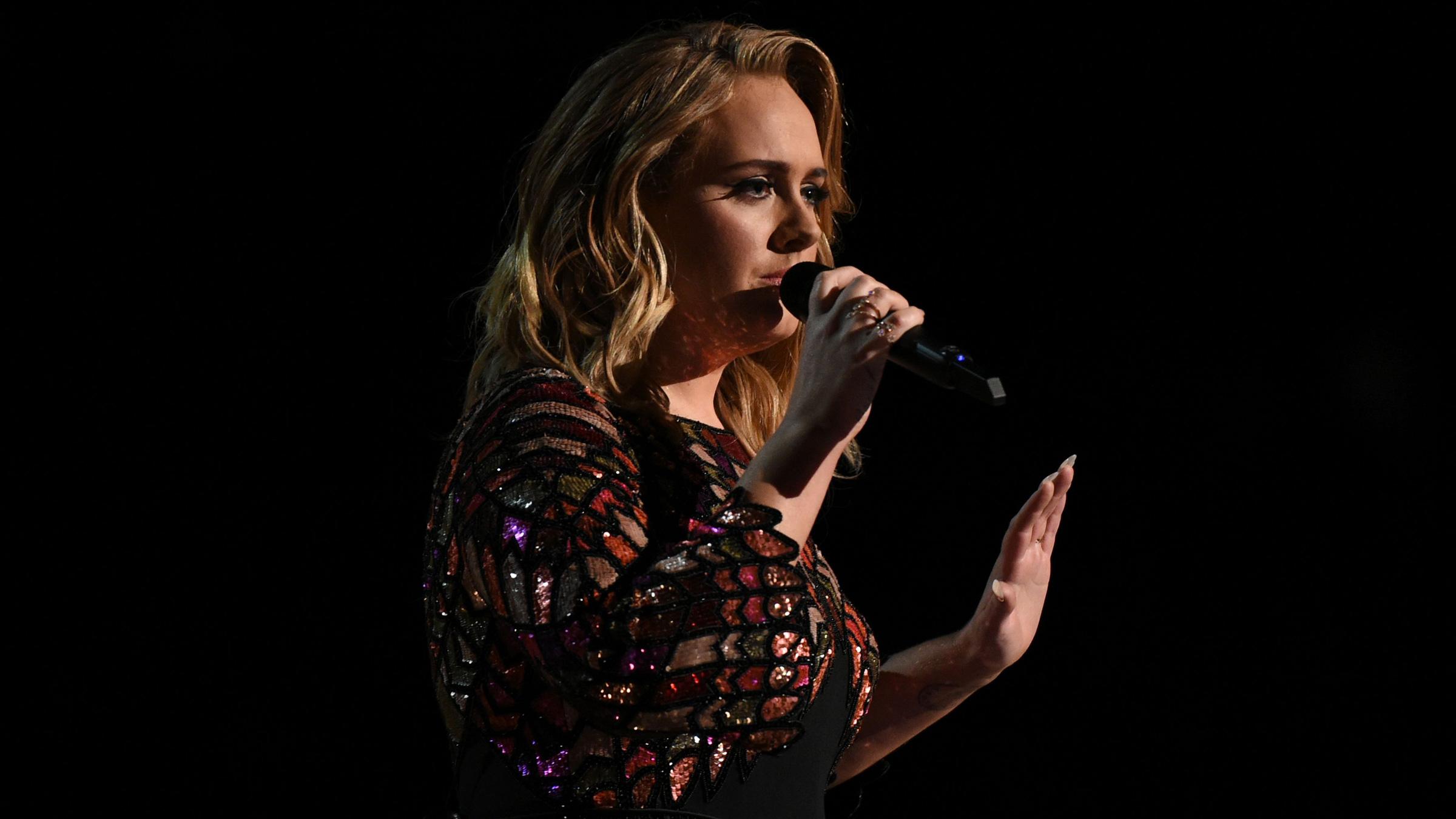 Adele 01