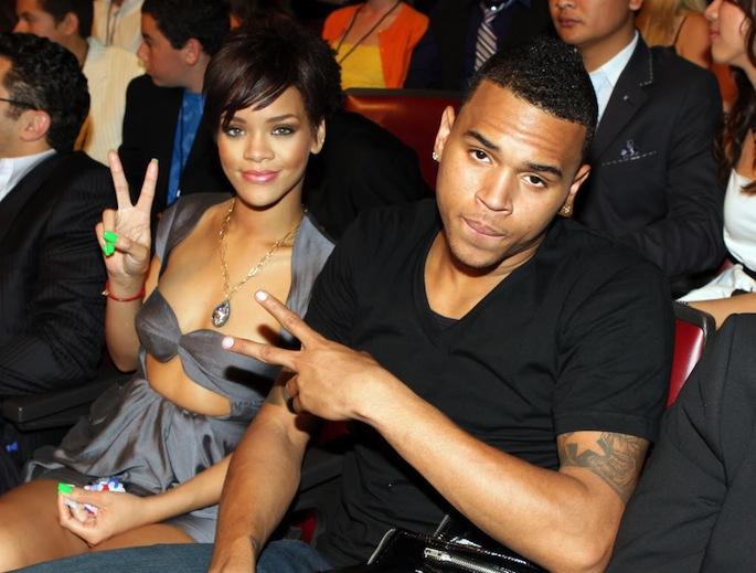 Rihanna chris brown 111512