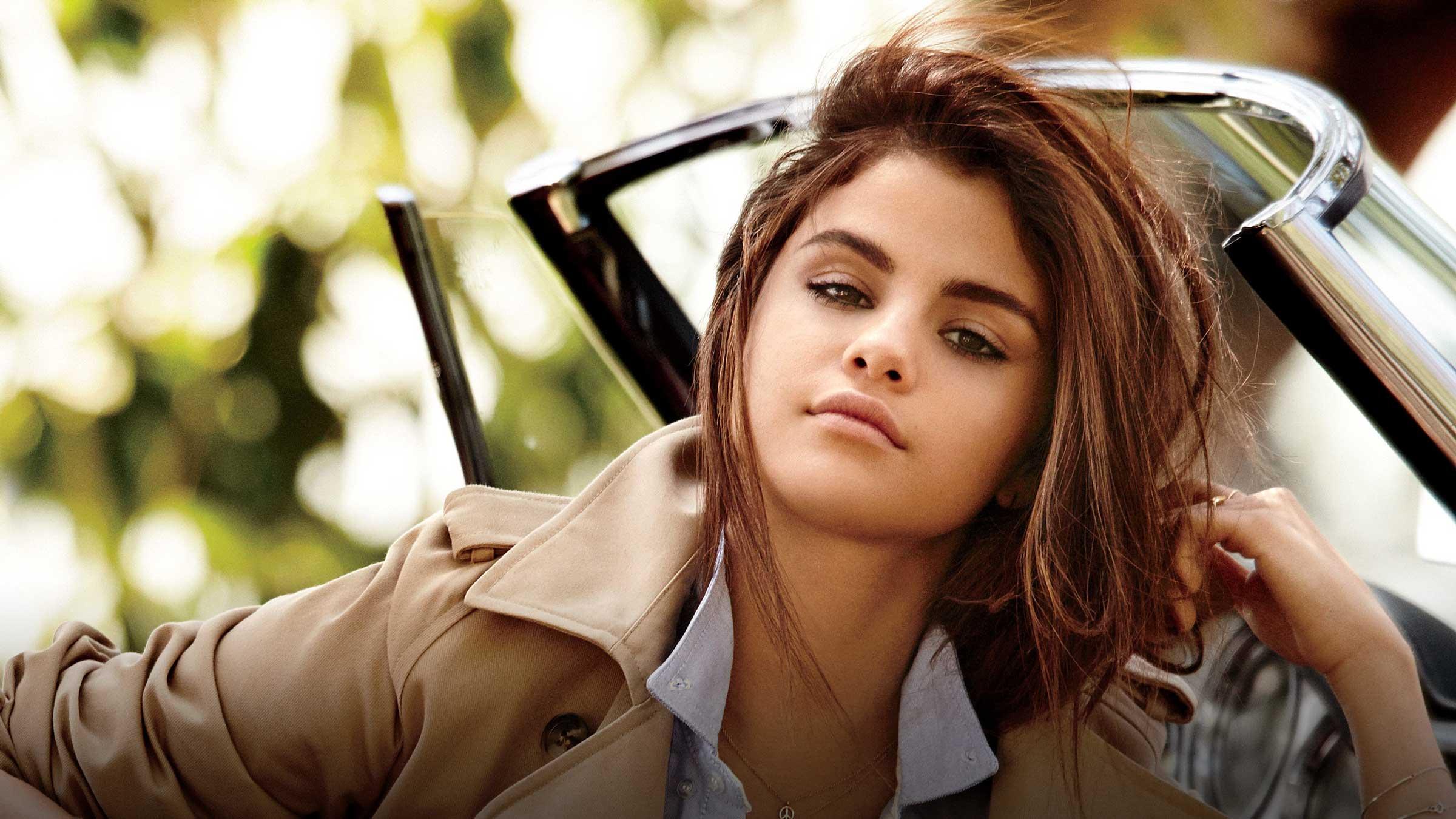 Selena home