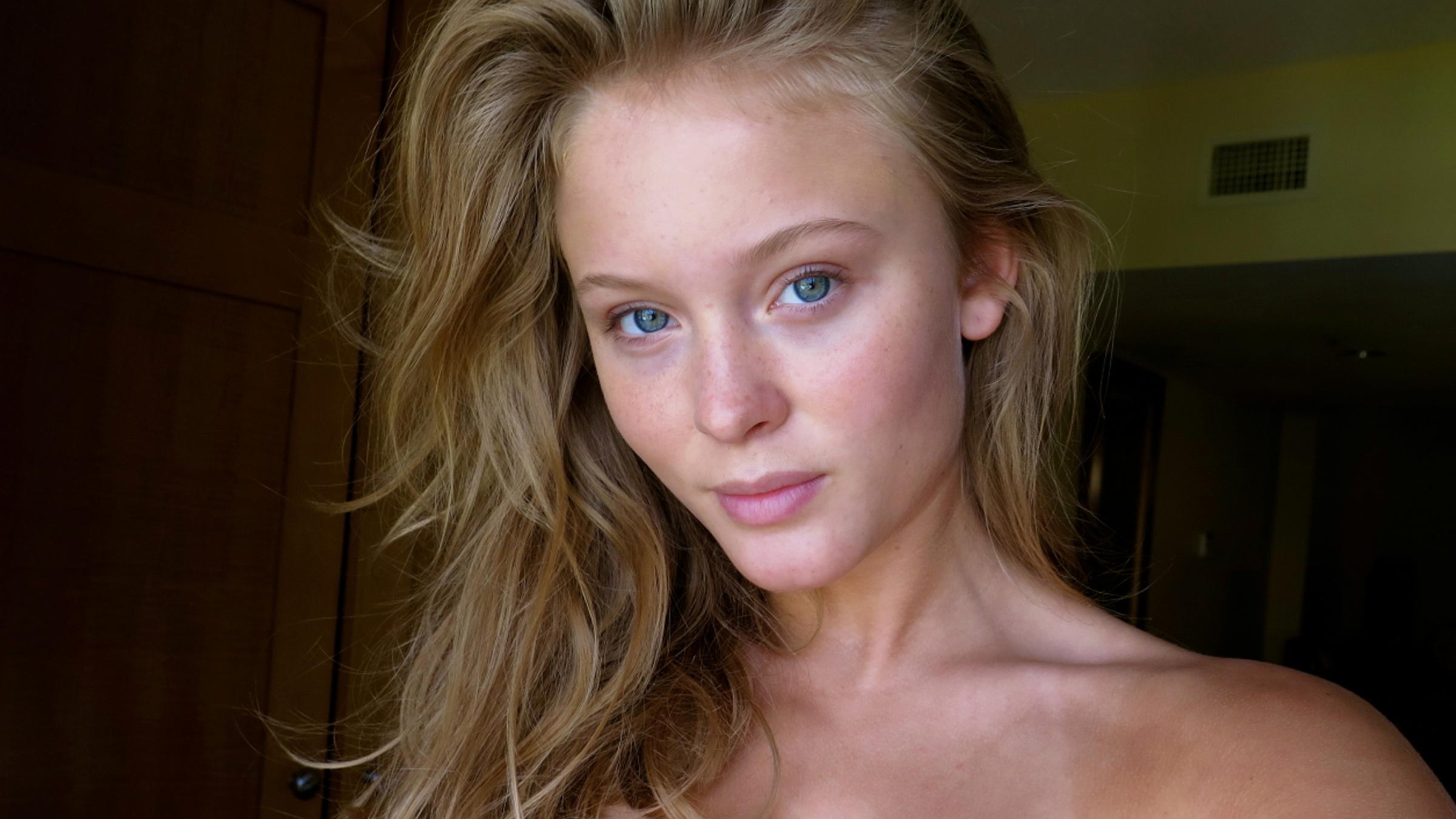 Zara naked teaser