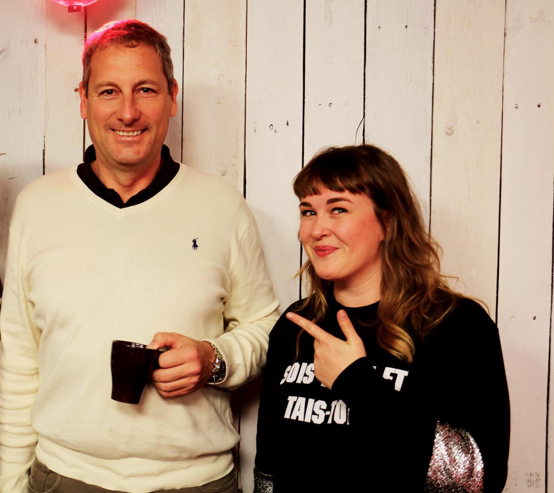 Gert Verhulst gaat naakt in nieuwe Kersthow - Qmusic